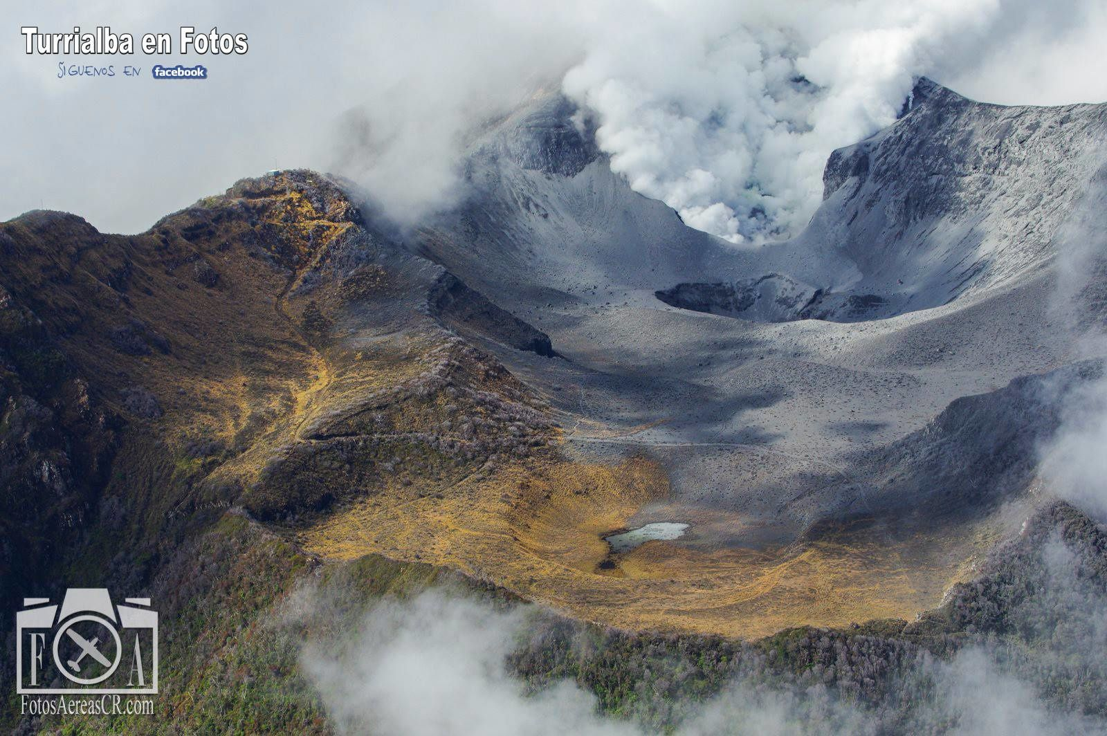 Le cratère sud-ouest du Turrialba en novembre 2014 - photo André Quiros / fotos Aereas de Costa Rica