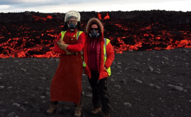 Equipement ordinaire des scientifiques travaillant sur le terrain à Holuhraun - photo Institute of Earth Sciences / Iceland Magazine.