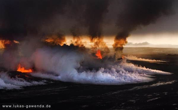 Holuhraun - pollution soufrée sur le site éruptif - photo Lukas Gawenda / Twitter 23.01.2015