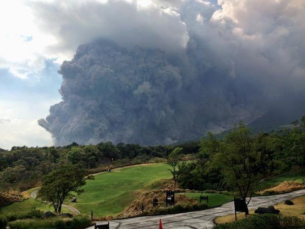 Fuego - coulée pyroclastique du 07.02.2015 - photo Vinicio Bejarano/Prensa Libre