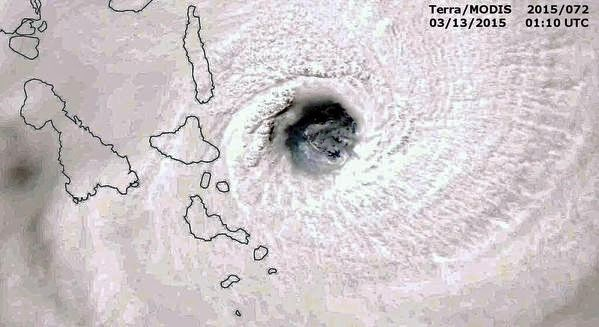 The cyclone over the eastern side of the Vanuatu archipelago - Doc. Terra Modis 13.03.2015 / 1:10 UTC