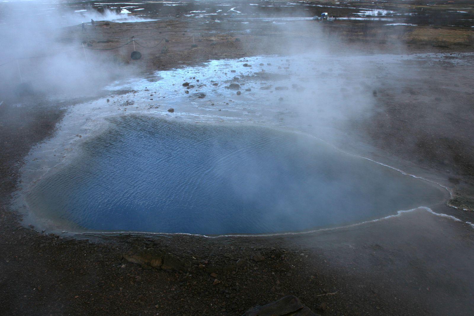 Blési - détails sur les deux bassins -  photos © Bernard Duyck 2015