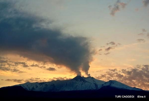 Explosions at Etna and Ubinas