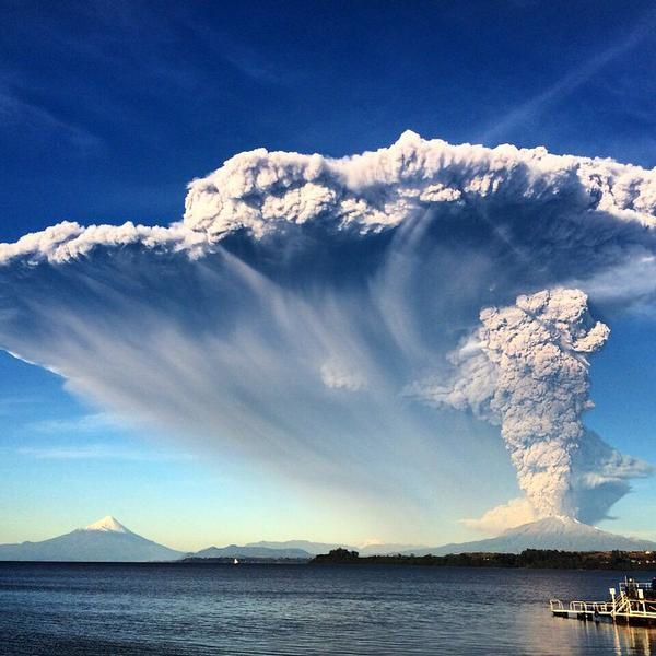 Calbuco - 22.04.2015 - photo Via IG user jofbroussain / Twitter