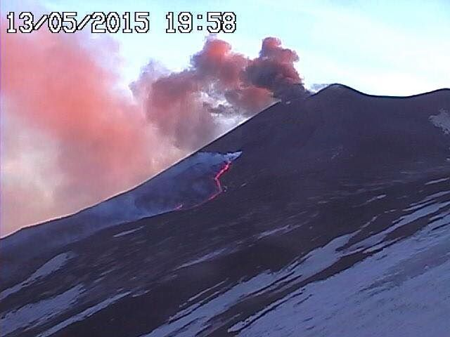 Etna NSEC - 05.13.2015 / 7:58 p.m. - webcam RadioStudio7