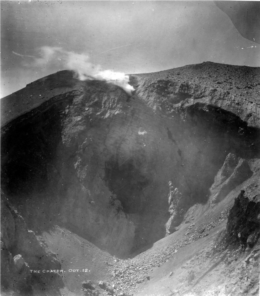 Lassen Peak - the summit crater, October 12, 1914, blown by the steam explosions in May - photo BFLoomis / via USGS