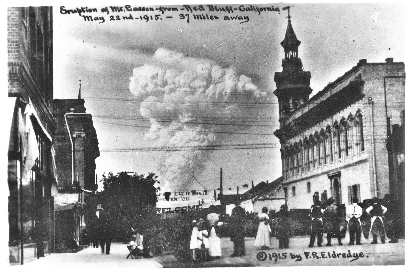 The eruptive plume Lassen Peak, viewed from Red Bluff May 22, 1915 - Archive F.R.Eldredge wordpress