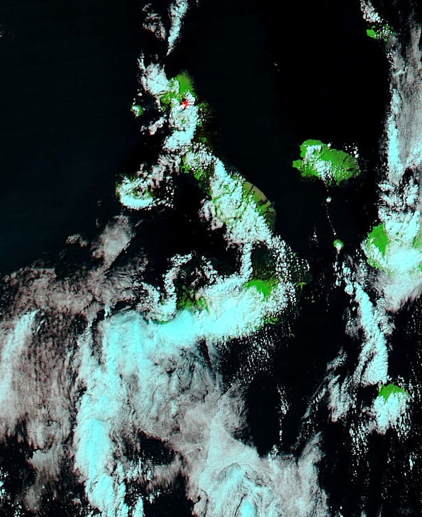 Volcan Wolf - Image Modis Aqua /TC4_Galapagos.2015169.aqua.721.250m of 06.18.2015 - the eruption site in the caldera (red dot)