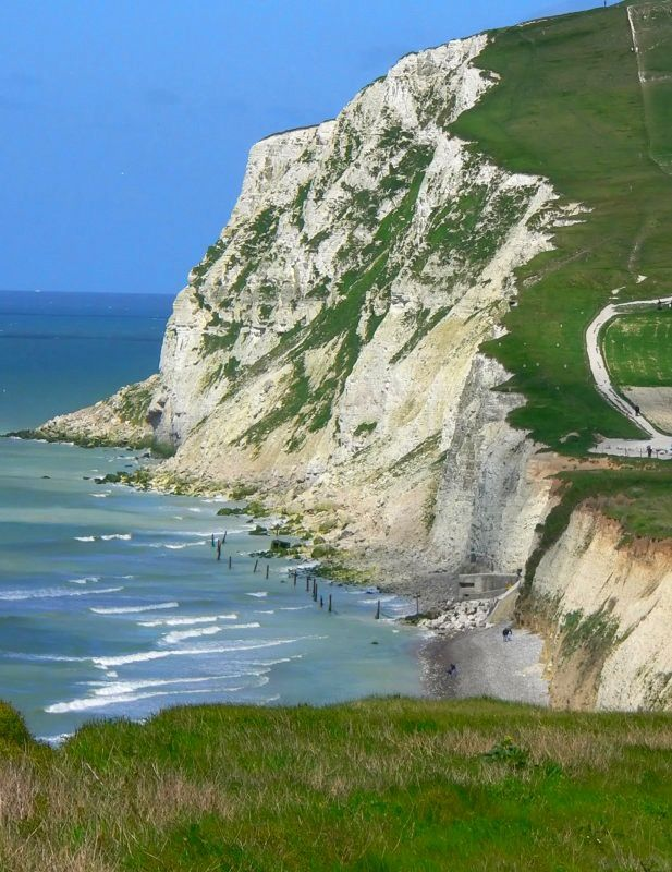 The cliffs of Cap Blanc Nez at high tide view of the small Blanc Nez - photo Matthew Debailleul