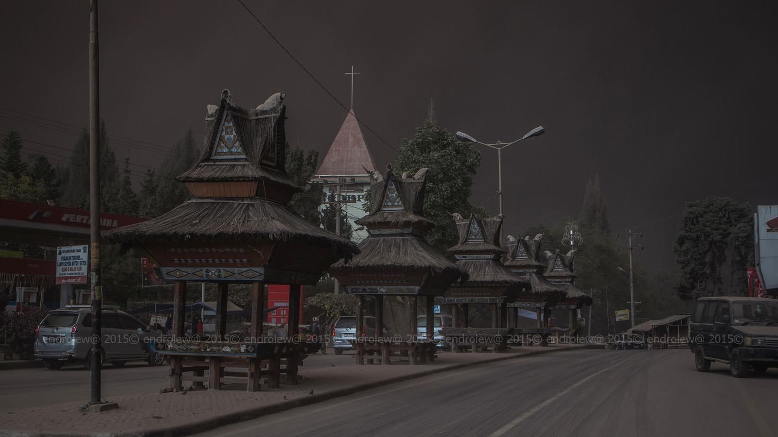 The village of Berastagi under the ashes, 06.25.2015 / 4:58 p.m. - photo endrolew@