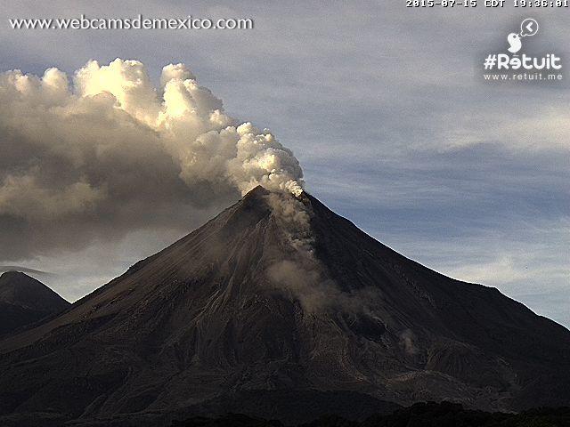 Colima - 15/07/2015 7:36 p.m. & 7:54 p.m.- photo webcamsdeMexico