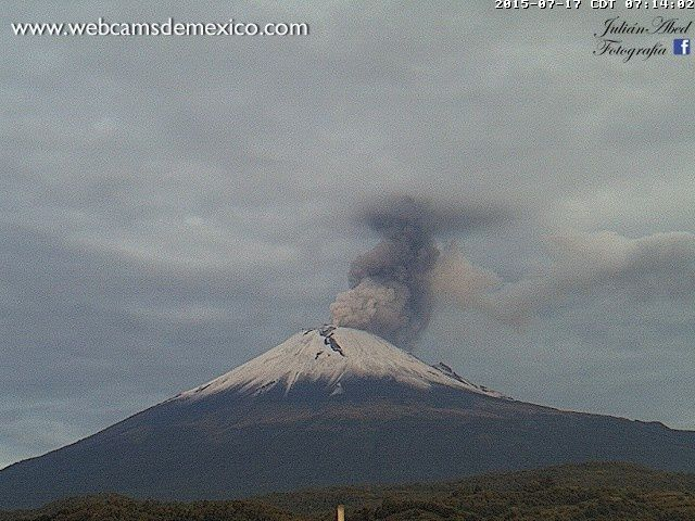 Popocatzpetl - 17.07.2015 / 7h14 - photo webcamsdeMexico /