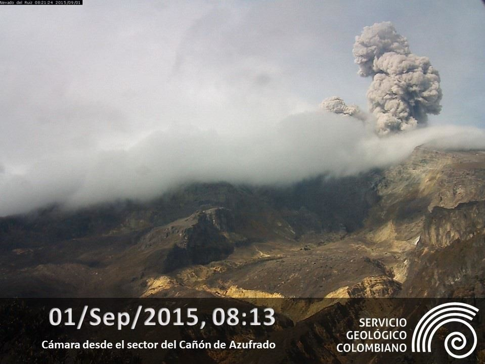Nevado del Ruiz - ash plume from 1 September 2015 / 8:13 - photo SGC Manizales