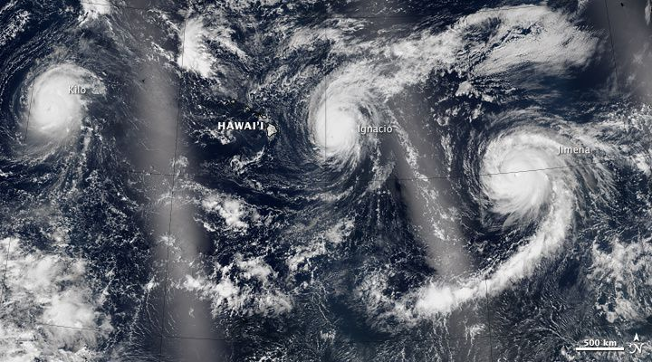 Les trois ouragans sur le Pacifique - photo 30.08.2015 / NASA Earth Observatory image by Jesse Allen, using VIIRS data from the Suomi National Polar-orbiting Partnership.