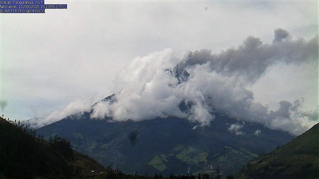 Tungurahua - 11.09.2015 / 15h13 UTC - webcam IGEPN