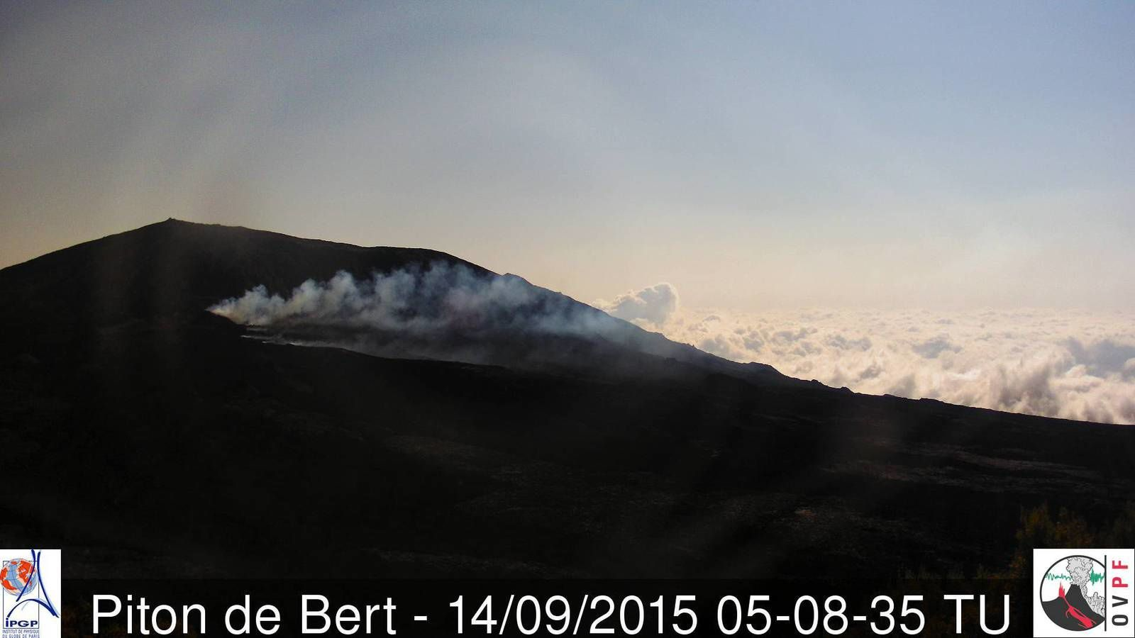 Piton de la Fournaise - pursuit of this eruption 09.14.2015 / 5:08 GMT - Piton Bert camera / OVPF