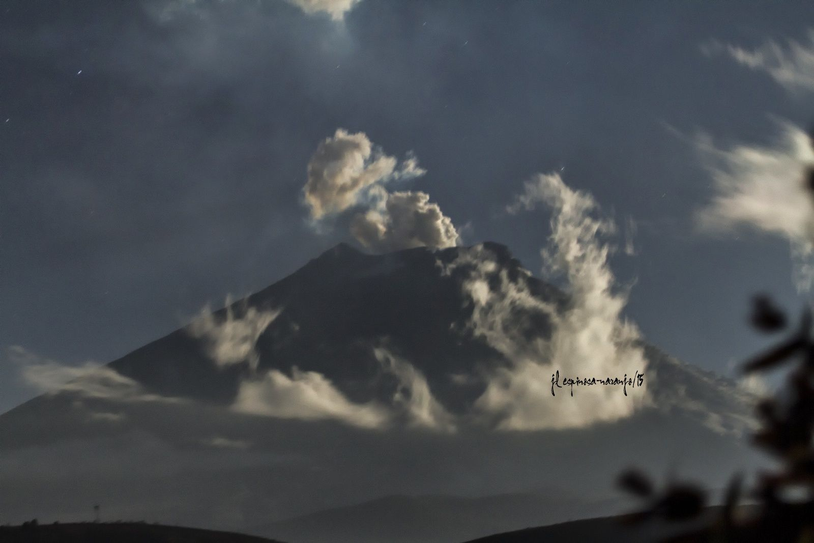 Cotopaxi - Sunday, 09/27/2015 evening - photo Jose Luis Espinosa-Naranjo
