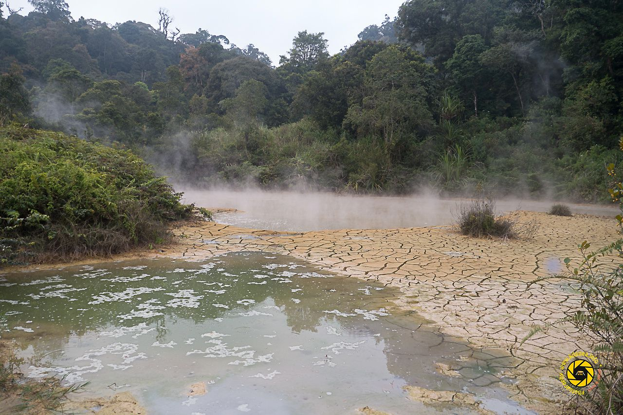 Geothermal field Kawah Kamojang - hot spring and mud pit - Photo © 2015 Jean-Michel Mestdagh