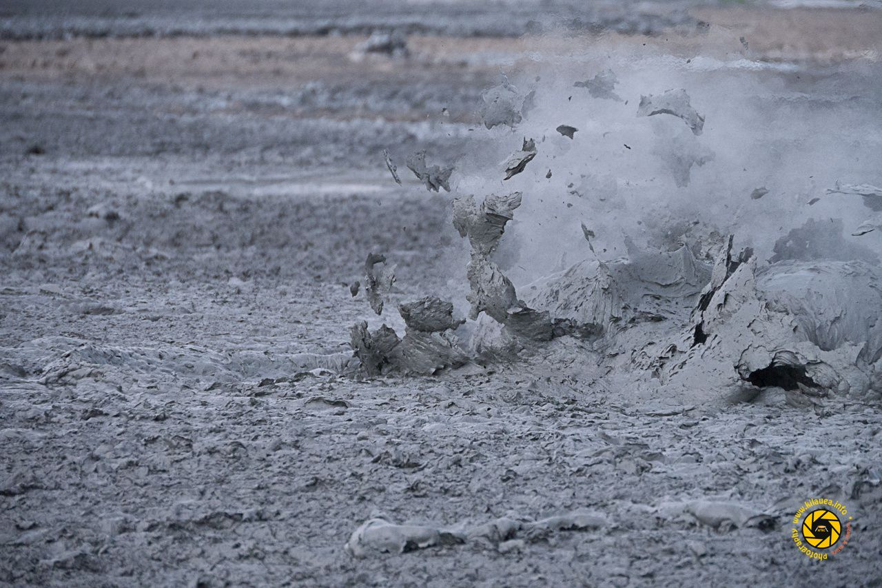 Bledug Kuwu - explosion of a small mud bubble - Photo © 2015 Jean-Michel Mestdagh
