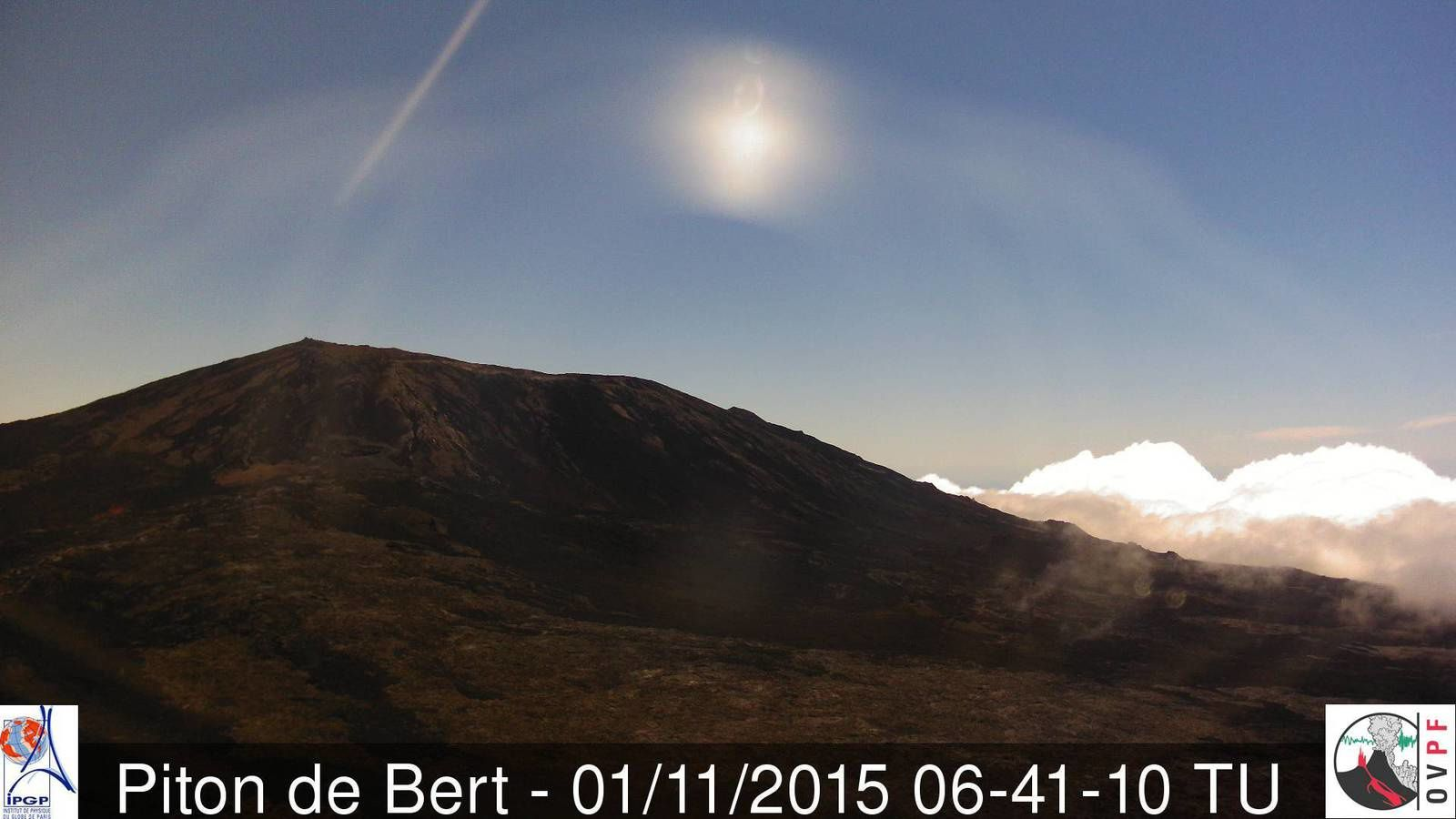 Piton Kalla and Pele / La Fournaise: no more visible activity this morning. - Webcam Piton Bert