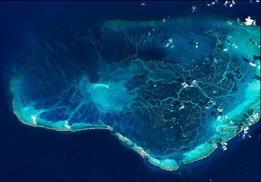 Pearl and Hermes Atoll seen from the International Space Station. - NOAA Coral reef conservation program