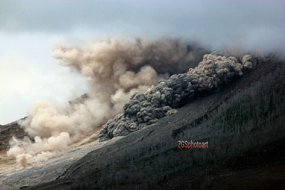 17.11.2015 /  8h48 -  Sinabung  - photo Zulkarnain Ginting