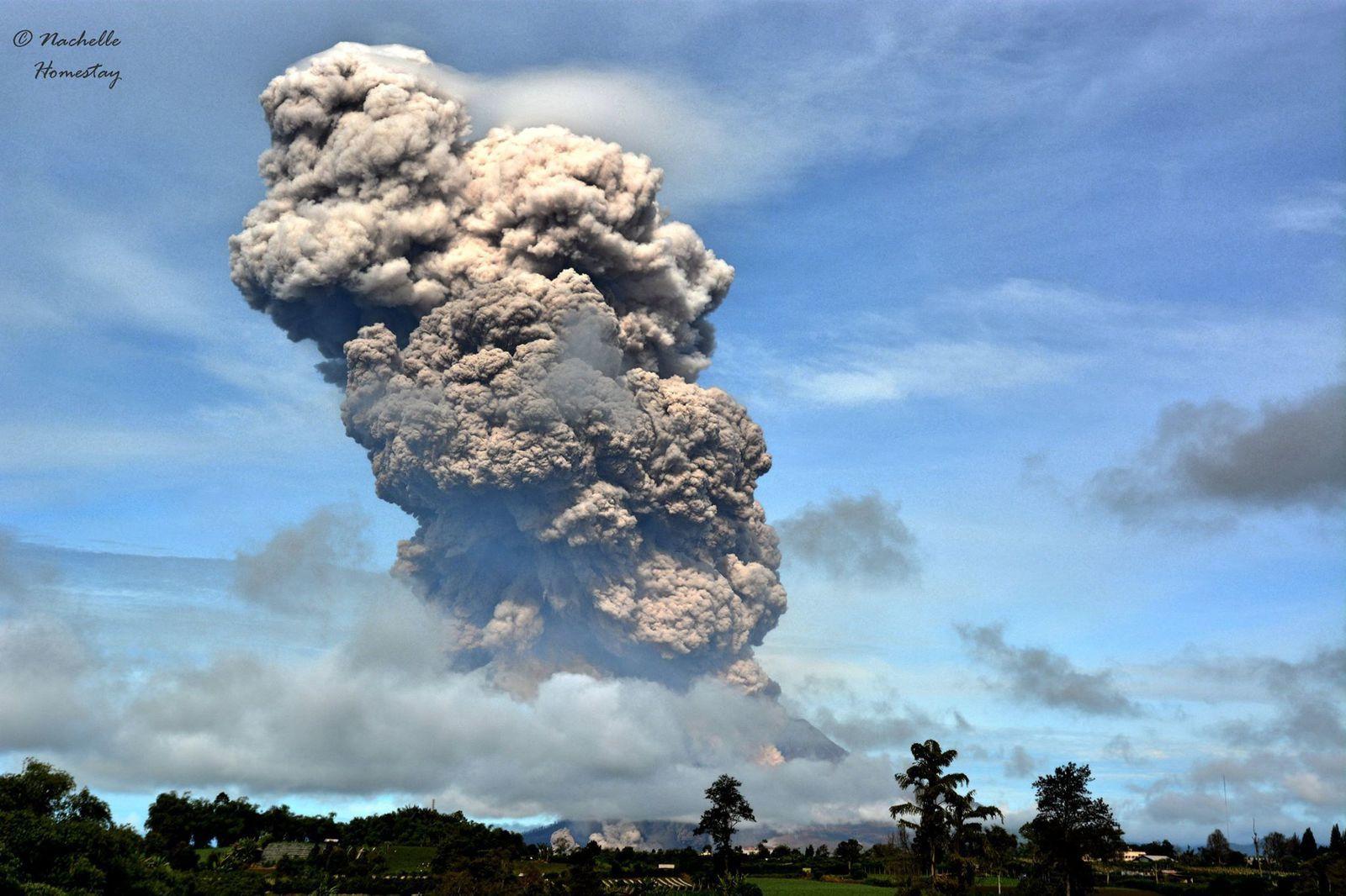 Sinabung - 11.20.2015 - photo Berastagi Nachelle Homestay
