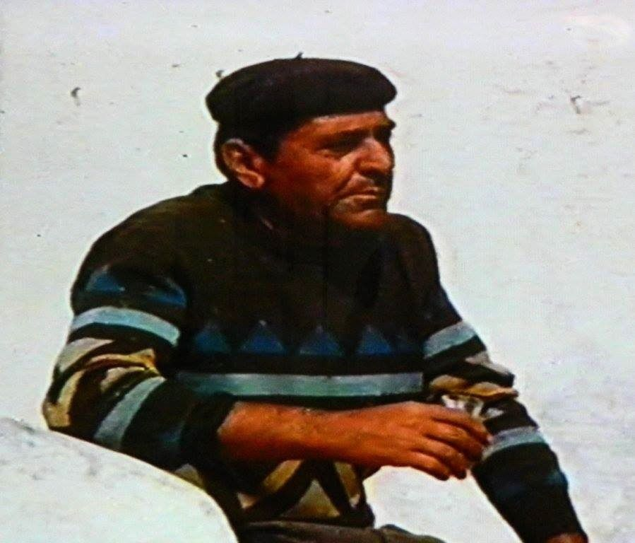 "Salvatore di Losa in 1985 - photo from the movie ""Stromboli Vulkan, Furht und Faszination"" Franz Lazi & Heinz V. Matthey - SW3 (German TV channel) - Doc. archives of Bernard Philippe / volcan-stromboli.skyrock.com"