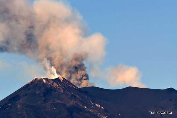 Etna La Voragine - 05.12.2015 - photo Turi Caggegi