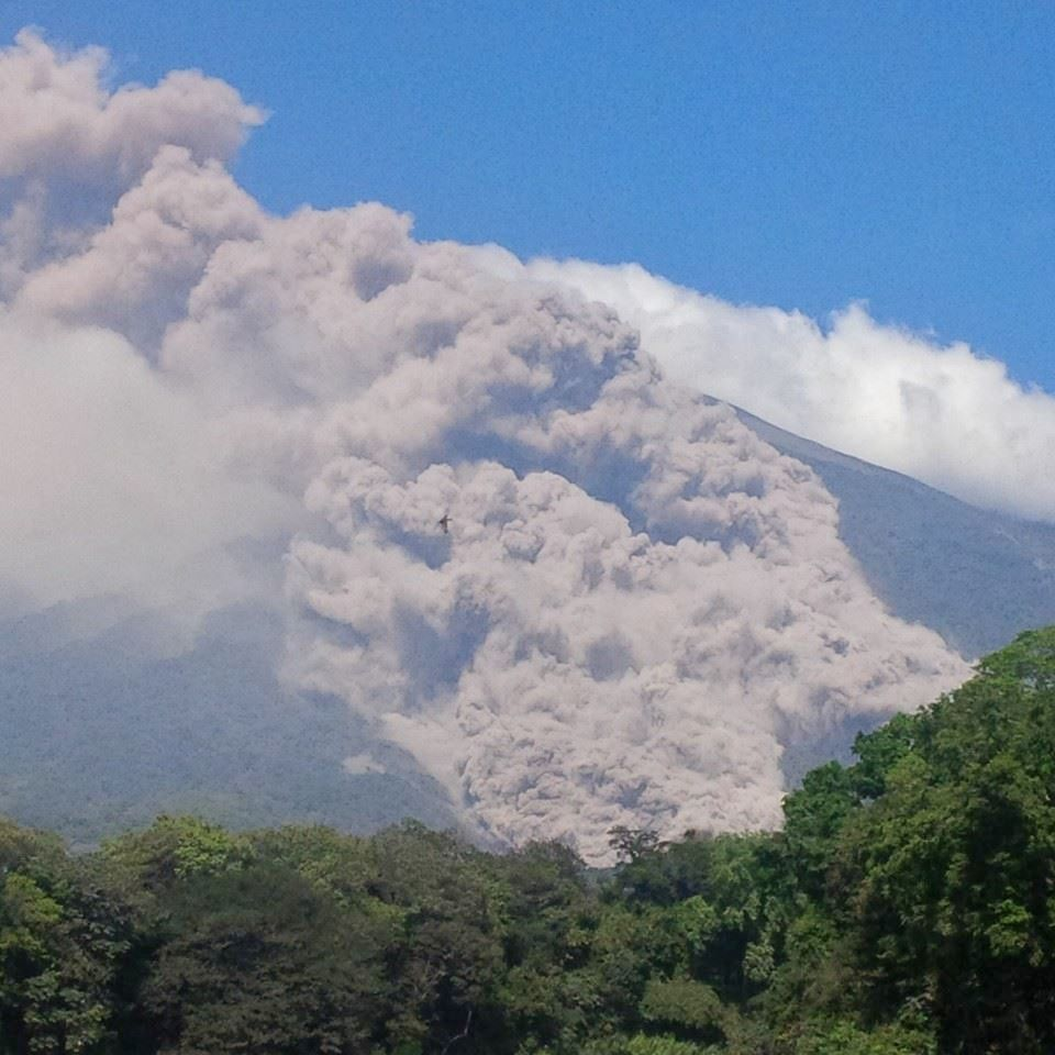 Fuego - one of the pyroclastic flows of 12.30.2015 - photo Conred