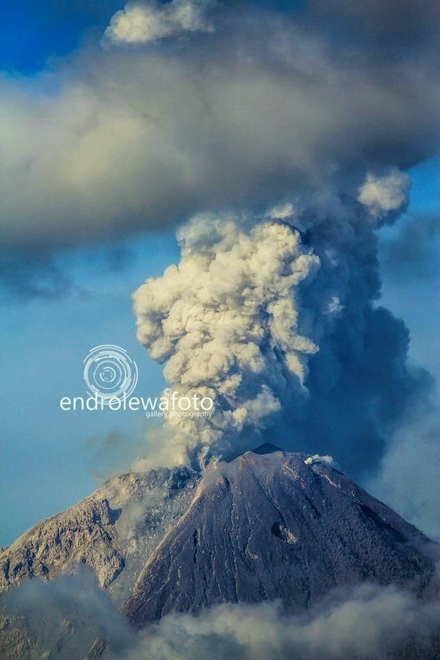 01.05.2016 / 8:20 a.m. - Sinabung - photo Endrolewa