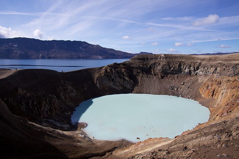 The small crater Viti, filled by a lake of turquoise color, is a maar formed by phreatic explosion after the major Plinian eruption in March 1875 - Doc. Boaworm