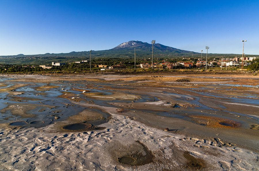 mount etna radiometric dating Did highest known sea levels create the iconic shape of mount etna when debating with creationists on radiometric dating you have to be.