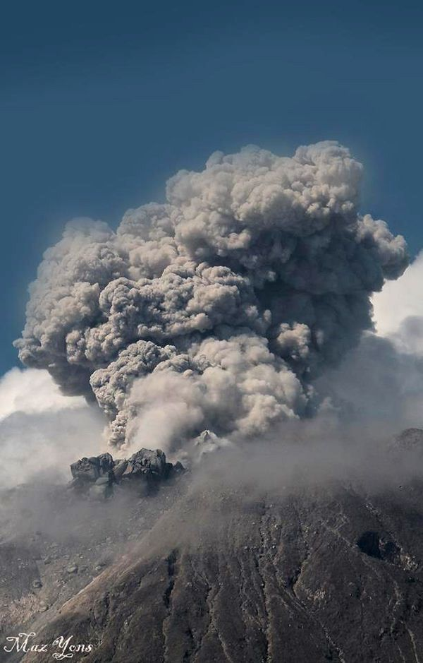 Sinabung - the 01.13.2016 / 10:34 - photo Maz Yons