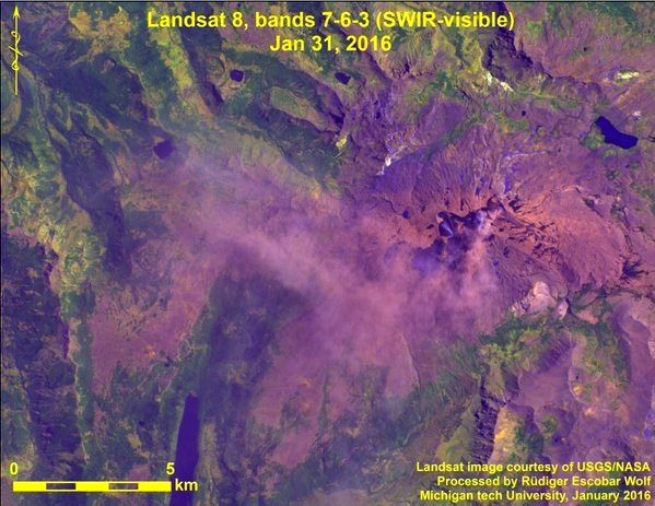 Copahue -  Ash emission seen by Landsat 8 bands bands 7-6-3 Swir-visible, on 31.01.2016  / Escobar Rüdiger Wolf