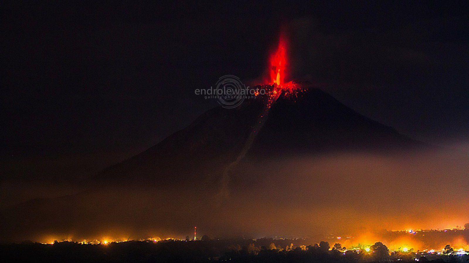Sinabung - activity 02.08.2016 / 7:47 p.m. loc.- photo endrolewa