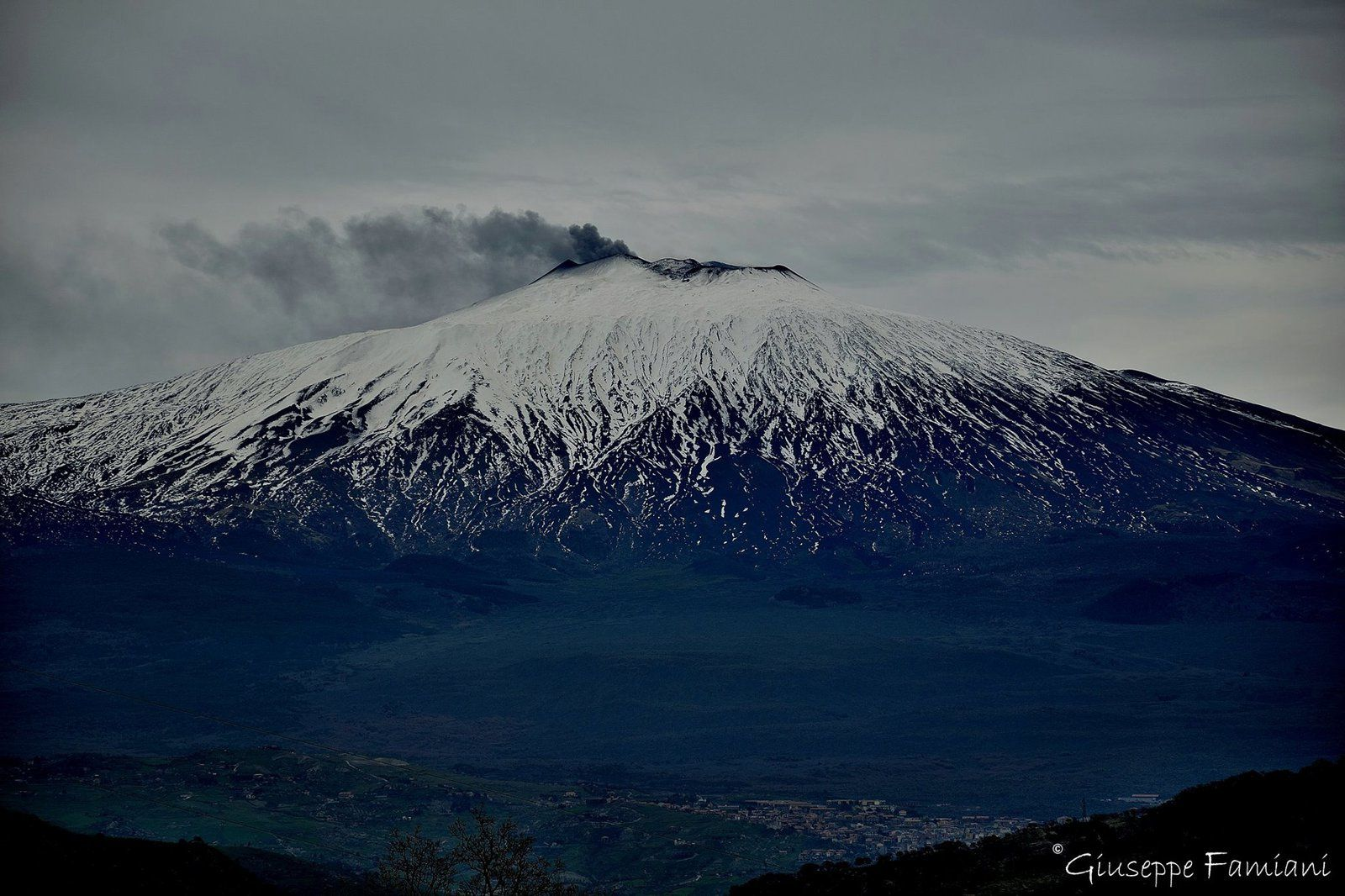Etna NEC - 23.02.2016 - photo Giuseppe Famiani / via Volcanoes FB