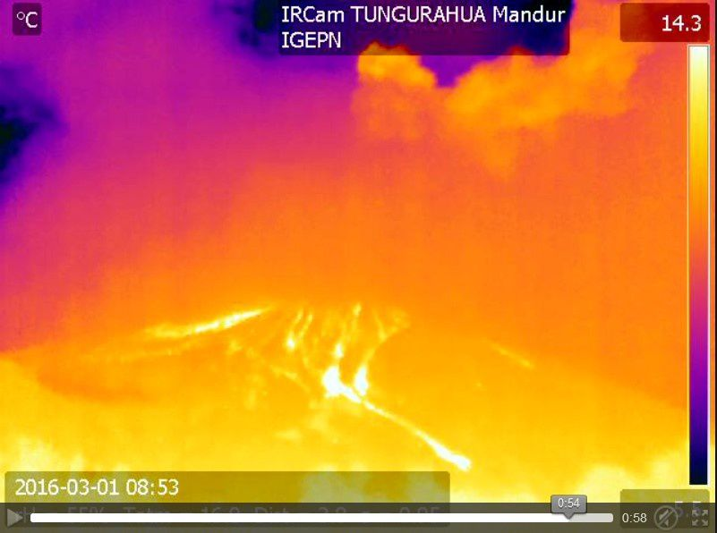 Tungurahua - 01/03/2016 - deposits of pyroclastic flows on the upper flanks of the volcano - thermal camera Mandur / IGEPN