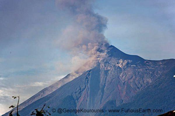 Fuego - 01.03.2016 - photo Georges Kourounis