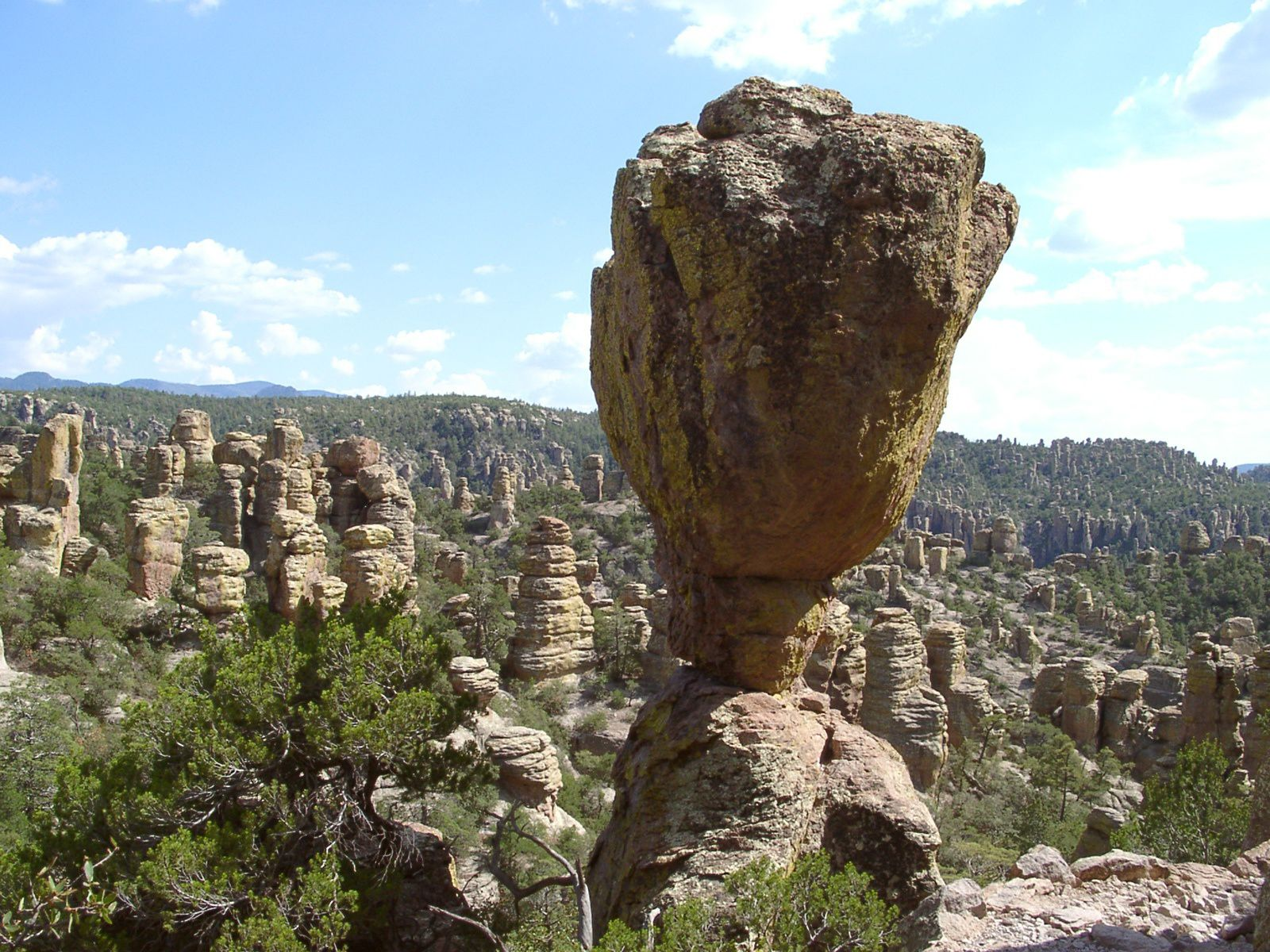 "Chiricahua National Monument - ""balanced rock"" - photo Sascha Brück"