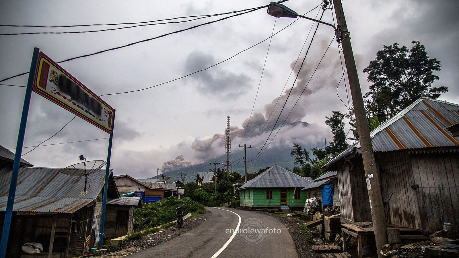 Sinabung - 22.03.2016 / 15h35 - photo endrolewa