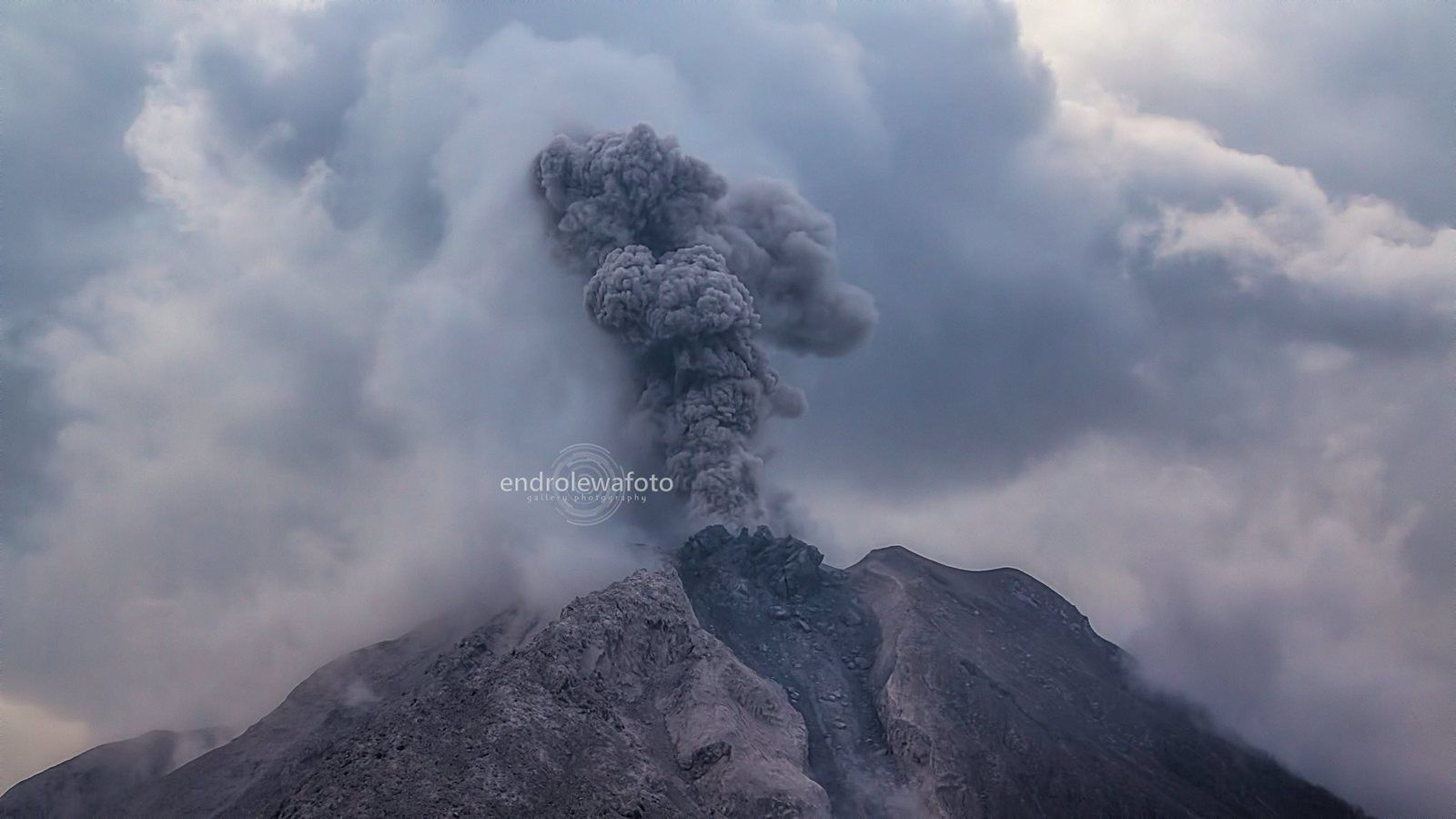 Sinabung depuis Payaung - 29.03.2016 / 17h23 - photo Endrolewa