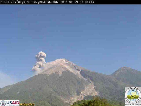Fuego - 04.09.2016 / 8:44 - photo INSIVUMEH