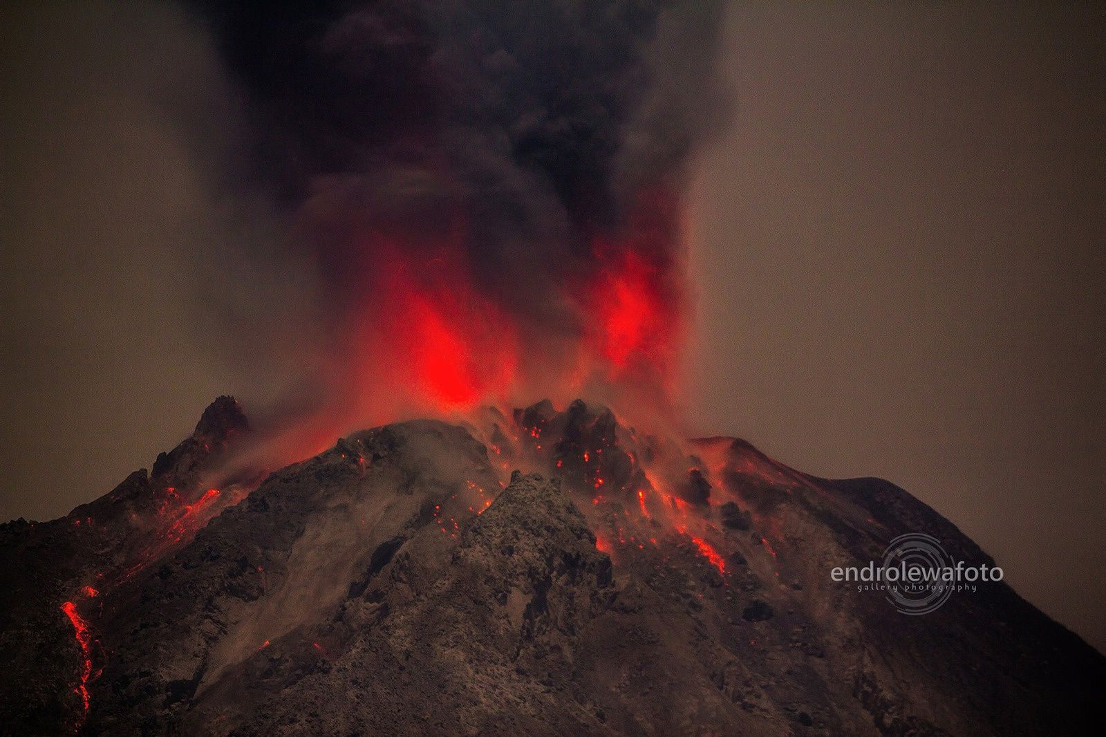 Sinabung 20.04.2016 / 22h36  - photo endrolewa