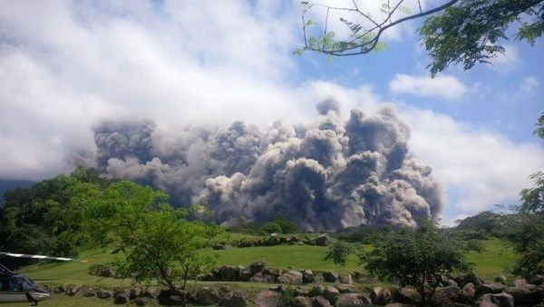 Fuego - 18/05/2016 - pyroclastic flow type Boiling over - photo Clima Guatemala / Twitter