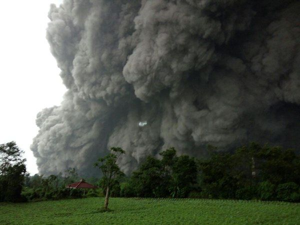 Sinabung - 21.05.2016 / 15h49 - Photo BNPB
