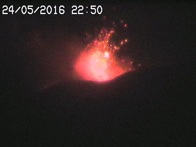 Etna VOR - 24.05.2016 / 22h50 - webcams RadioStudio7