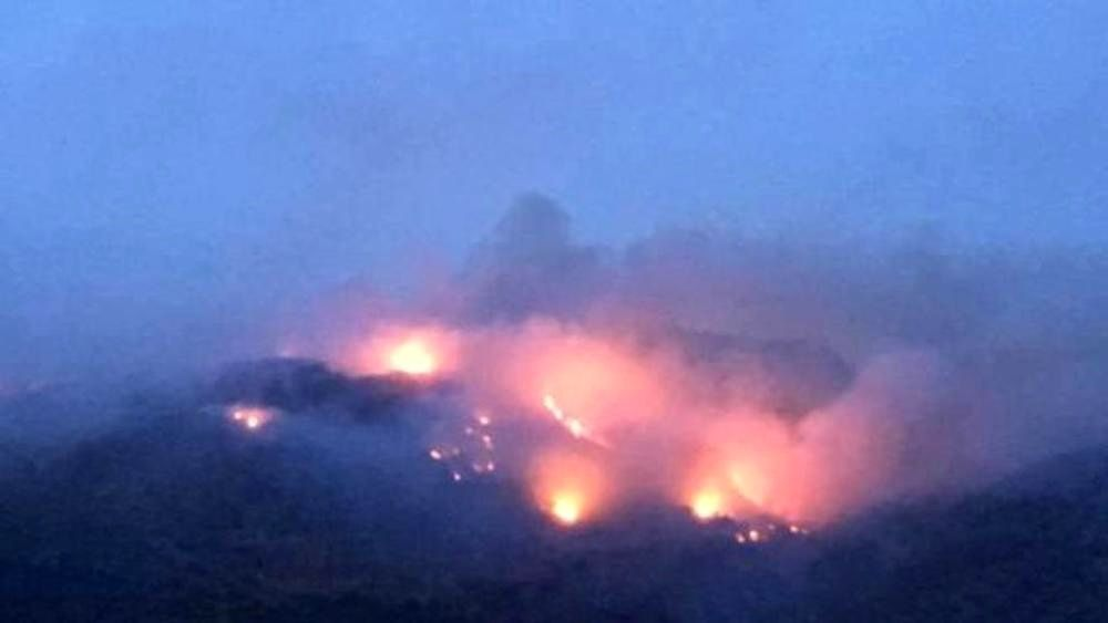 Pantelleria - Montagna Grande burns - photo La Stampa.it