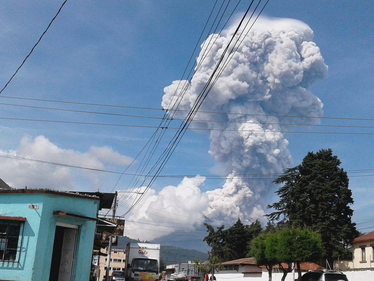 Santiaguito - 17.06.2016 - photo Clima Guatemala / Twitter