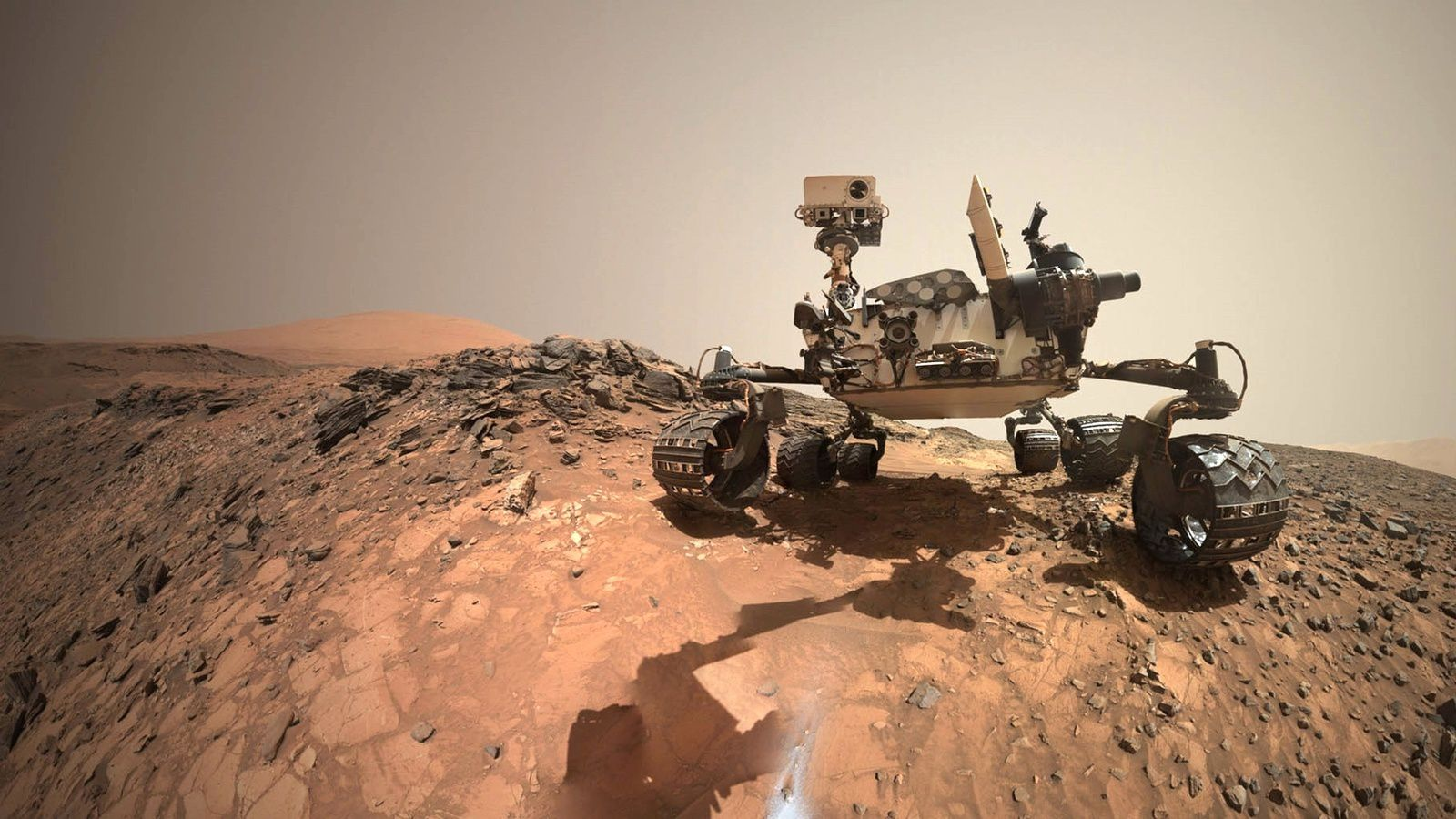 The Mars rover Curiosity on the drilling site on July 30, 2015. Credit: NASA / JPL-Caltech / MSSS
